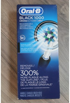 Oral-B Black 1000 Toothbrush
